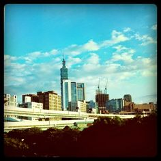 我們看到了。我們是生活@家。: {看到生活}#008 記錄瞬間 Taipei, Willis Tower, New York Skyline, Building, Travel, Life, Viajes, Buildings, Destinations