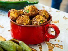 Chiftelute vegane cu seminte, fara prajire Raw Vegan, Moscow Mule Mugs, Tableware, Dinnerware, Tablewares, Dishes, Place Settings, Leaf Vegetable