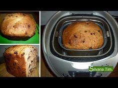 Pan dulce con pepitas de chocolate en panificadora