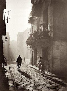 Otho Lloyd  - Untitled, Barcelona, Spain, 1946
