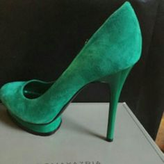 BCBG MaxAzria Green Suede Platform Heel Stylish platform heels great with jeans,dresses,skirts. Be a standout with these bold beauties.. Green is the new black. BCBGMaxAzria Shoes Platforms