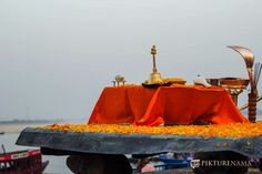 Varanasi Ganga Aarti and tips for photography #Varanasi #India #Tourist