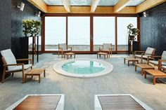 For this 5 star rated hotel, which belongs to the Small Luxury Hotel chain, a new and modern 500 square metres SPA complex has been designed.