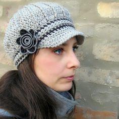 Newsboy Hat with Zipper Flower  Crochet Pattern And Tutorial