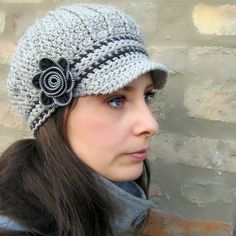 Newsboy Hat with Zipper Flower