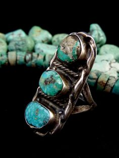 Size 8 OLD Old Pawn Vintage Navajo Sterling Silver Ring w Marvelous Morenci Turquoise! Fabulously Primitive & Rustic Old Piece!