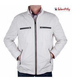 Jacheta bej de primavara Nike Jacket, Athletic, Zip, Fashion, Moda, Nike Vest, Athlete, Fashion Styles, Deporte