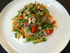A refreshing summer salad with a combination of vegetables, rice noodles, herbs and beef, perfect for a quick evening meal. Thai Beef Salad, Sirloin Steaks, Rice Noodles, Evening Meals, Summer Salads, Vegetarian, Dishes, Vegetables, Wicked