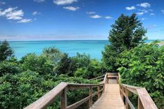 Pioneer Park in Ontario comes with a staircase leading down to Caribbean blue waters Tropical Greenhouses, Forest View, Picnic Spot, Lake Huron, Crystal Clear Water, Turquoise Water, Beach Town, White Sand Beach, Canada Travel