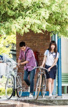 닥터스 포토스케치 비가 그치고 난 뒤 자전거를 가지고 학교에 가려는 김래원 박신혜