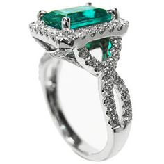 beautiful emerald engagement rings with real Colombian emeralds