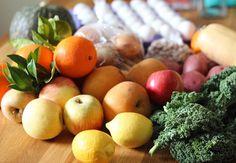 """Farm fresh produces from Sunday farmers market.  싱싱한 일용할 양식.  #fresh #fruits #vegetables #farmfresh #orgenic #farmtofork #local #localproduce #sacramento #california #싱싱한 #과일 #야채 #일용할양식 #유기농 #새크라멘토 #파머스마켓 #seasonal #seasonalfruits #제철과일 #farmersmarket #sacfarm2fok"" @sarah_kim_l437"