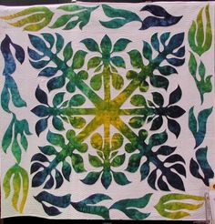 Hawaiian quilt by Jean Brown, fabric by Jeanette  #quilts #quilting #hawaiian_quilts