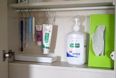 洗面台の鏡裏は100均のアイテムで整理整頓!おすすめの収納法8選 | folk