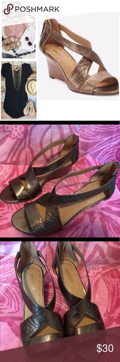 Nine West Ronton Wedge Sandals The perfect gold accessory for all your summer outfits ☀️☀️☀️ Gently worn but still amazingly comfortable. Nine West Shoes Wedges