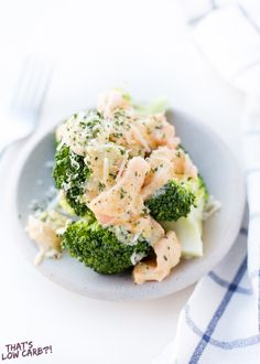Smoked Salmon with Broccoli - Low Carb, Gluten-Free, Grain-Free, THM S - Cheesy Salmon Broccoli is great for a side or entree. You'll find yourself making this Broccoli Cheese Sauce Smoked Salmon Recipe on a regular occasion. Cheesy Broccoli Recipe, Cheese Sauce For Broccoli, Cream Cheese Sauce, Broccoli Recipes, Smoked Salmon Cream Cheese, Smoked Salmon Dip, Smoked Salmon Recipes, High Protein Recipes, Low Carb Recipes