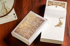 News: David Blaine to Release Stunning Gold Foil Gatorbacks on Black Friday Unique Playing Cards, Custom Playing Cards, Graphic Design Art, Book Design, Illustration Girl, Girl Illustrations, Fortune Telling Cards, Bicycle Cards, Card Tricks