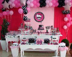 Buffet Oficina das Festas: Monster High da Maria Luiza