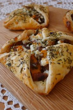 Savory Hand Pies~ These little hand pies are filled with a really nice fall…