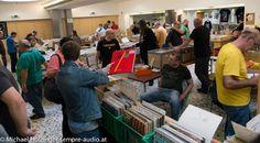 Am 2. sowie 3. Dezember 2017 findet erneut die Internationale Vinyl und CD-Börse von Moses Records in Wien statt. Vinyl Records, Audio, Events, December