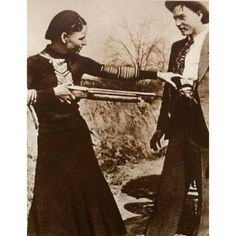 Sold Price: Clyde Barrow & Bonnie Parker (Bonnie & Clyde). Barrow family photo albums and scrapbooks. - June 4, 0117 11:00 AM PDT Bonnie Parker, Bonnie Clyde, Empress Josephine, The Empress, Family Photo Album, Family Photos, Gangsters, Modern Prints, View Image