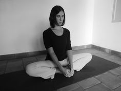 Soften the hips: why is it important? Iyengar Yoga, Ashtanga Yoga, Yoga Gym, Yoga Fitness, Types Of Cardio, Yoga Positions, Yoga Poses For Beginners, Qigong, Strength Workout