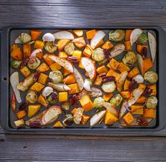 Instead of flipping your veggies half-way through roasting, leave the baking sheet in the oven as it preheats. Doing this will preheat the pan, so when you roast your vegetables in the oven, it will cook both sides more evenly and quickly. Oven Vegetables, Veggies, Baking Sheet, Kung Pao Chicken, Ratatouille, Roast, Potatoes, Paleo, Cooking
