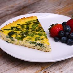 Cauliflower-Crusted Quiche #eggs #breakfast #califlower