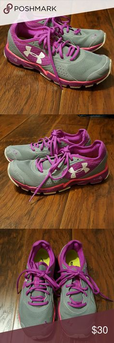 Under Armour athletic shoes size 9 Under Armour athletic shoes size 9 Under Armour Shoes Athletic Shoes