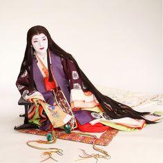 #junihitoe on Instagram Japanese Geisha, Japanese Beauty, Japanese Kimono, Asian Beauty, Traditional Kimono, Traditional Fashion, Traditional Outfits, Heian Era, Heian Period