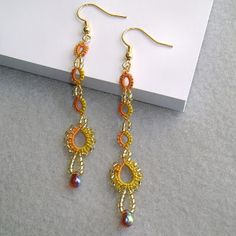 Yarnplayer's Tatting Blog: Earrings - Split rings with beads #tatting #jewelry