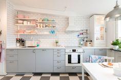 Grey + white kitchen. String shelf