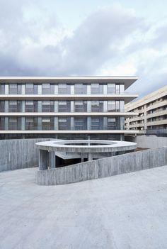 Edificio administrativo de usos múltiples SANCHEZ GIL ARQUITECTOS
