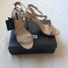 FOREVER 21 nude strap heels Nude, strappy Forever 21 Shoes Heels