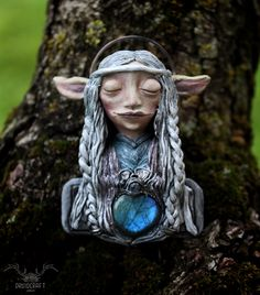 Handmade necklace inspired by The Dark Crystal: Age of Resistance. Find it in the link at the top. Handmade Necklaces, Handmade Jewelry, The Dark Crystal, Polymer Clay Art, Crystal Jewelry, Pagan, Labradorite, Fantasy, Inspired