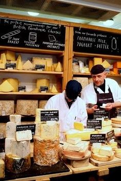 Treasure Hunt at Borough Market Neal's Yard Dairy: bring home a wheel of Stilton from them, aged Borough Market London, Cheese Store, Cheese Display, Fromage Cheese, London Food, London Tips, Farm Shop, England And Scotland, Baguette