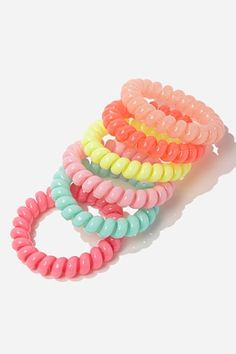 Shop Women's Hair Accessories at Forever 21 for the perfect final touch. Browse printed headwraps, mini hair clips, faux pearl hair pins, sleek headbands & more. Coil Hair Ties, Diy Crafts For Girls, Pearl Hair Pins, Shop Forever, Forever 21, Tie Set, Hair Accessories For Women, Scrunchies, Girly Things