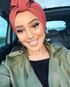 Turban Headbands, Headband Hairstyles, Trendy Hairstyles, Turban Outfit, Turban Style, Hijab Styles, Hair Styles, Hijab Fashion, Girl Fashion