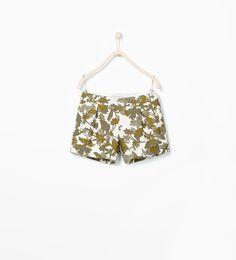 Image 1 of CAMOUFLAGE BERMUDAS from Zara