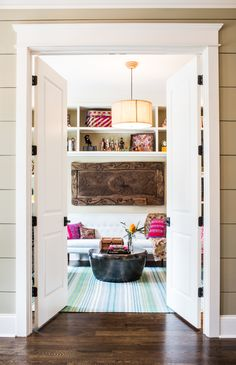 Although many feel more comfortable with neutral color palettes, in this design, it is the pops of color that draw you in. Click the image to view more! Neutral Colour Palette, Color Palettes, Modern Farmhouse Interiors, Oak Hill, House Colors, Home Office, Color Pop, Living Spaces, Kitchen Cabinets