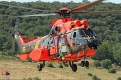 Spanish AS532 Cougar helicopter, Unidad Militar de Emergencias (UME), Photo : Stéphane Gimard