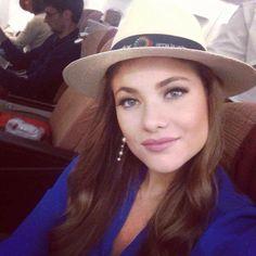 A beleza latina conquistou as passarelas do Miss Universo deste ano. O concurso, que contou com 86 candidatas, teve 4 posições do Top 5 dominado pelas latino-americanas. O terceiro lugar ficou com a representante do Equador, Constanza Báez.