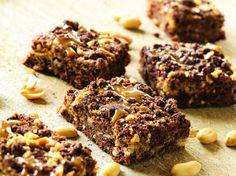 Get Buckeye Cookie Bars Recipe from Food Network Just Desserts, Dessert Recipes, Keto Recipes, Bar Recipes, Candy Recipes, Dessert Ideas, Cookie Recipes, Healthy Recipes, Bakken