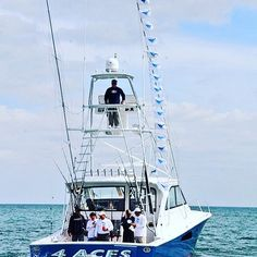 Do you even fish bro? Only one team can take the championship this year and join Jimmy Johnson's ring of honor!  The 5th annual #QuestForTheRing is coming for you March 9-12th in Key Largo hosted by @contenderboatsofficial  With the FRI/SAT #JJBillFish SAT #JJSportFish and the THURS #JJCelebProAm - there's something for every angler....but only the very best will take home the ring!  Contact us at info@jjfishweek.com for more information. www.jjfishweek.com   Pictured: @4aces_sportfishing by…