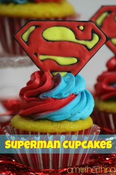 If you thought my Batman Chocolate Cupcakes were great, then you're going to LOVE these Superman Cupcakes. With everyone super excited about the new Batman vs Superman movie, I know my boys are ready to Superhero Party Favors, Superhero Cake, Superhero Superman, Batman Vs, Superman Birthday Party, 6th Birthday Parties, Birthday Ideas, Superman Cupcakes, Cupcake Cakes