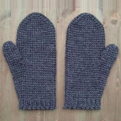 Tunisian crochet mittens - free pattern
