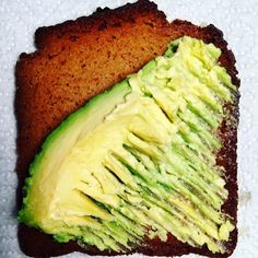 Perfect keto / low carb / gluten free #paleomeal Almond #Paleo Bread which has 7g protein per slice with 60cal 5g fiber and 6g carbs with (1 net carb). Our #julianbakery #paleobreads are #lowcarb #lchf #keto #glutenfree #grainfree #gmofree and best of a delicious! This delicious picture is our Honey #paleobread . Avail in almond coconut cinn raisin and honey! Buy this and 100's of other items like #paleobars #paleoprotein #paleobread #coconutwraps #paleocrackers #paleocereal #paleochocolate…