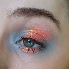 Idée Maquillage 2018 / 2019 : Illamasqua eyeshadow in anja Lit Cosmetics glitt. Idée Maquillage 2018 / 2019 : Illamasqua eyeshadow in anja Lit Cosmetics glitter in solar blast Elizabeth A Source by foxwatchful. Makeup Goals, Makeup Inspo, Makeup Art, Makeup Inspiration, Beauty Makeup, Makeup Ideas, Fairy Makeup, Mermaid Makeup, Beauty Tips