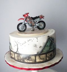 Cross motorbike birthday cake by Rositsa Lipovanska