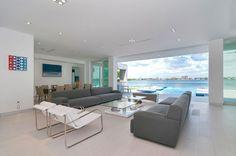 Gross-Flasz Residence in Florida by One d b Miami | http://www.designrulz.com/design/2015/10/gross-flasz-residence-in-florida-by-one-db-miami/
